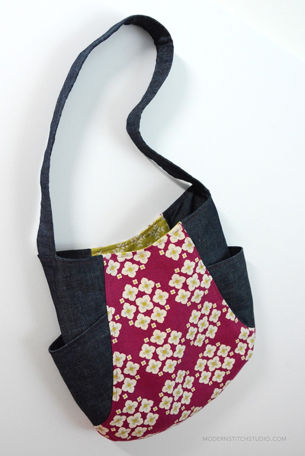 241-tote-full-plus-interior-modern-stitch-studio